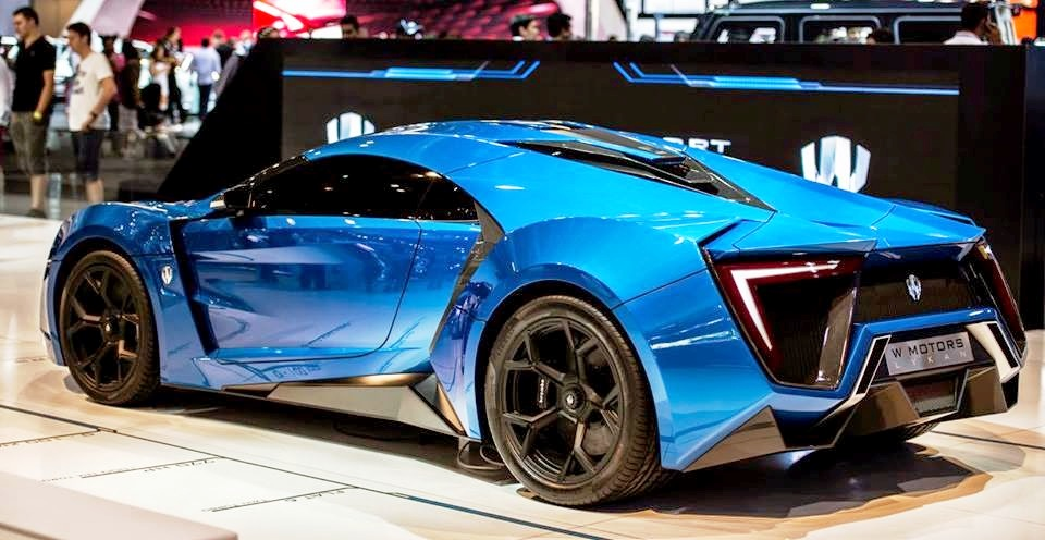 W-Motors-Lykan blue